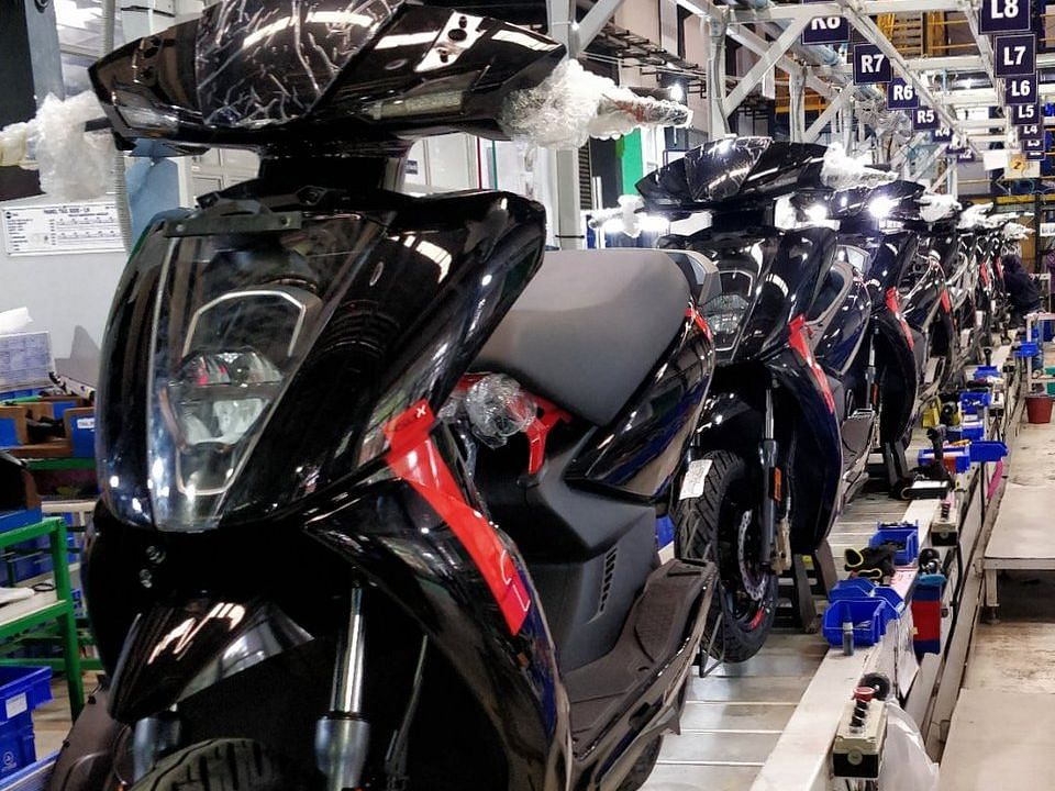Electric 2-wheelers to account for 8-10% of new sales by 2025; 3-wheelers to chip in 30%: ICRA