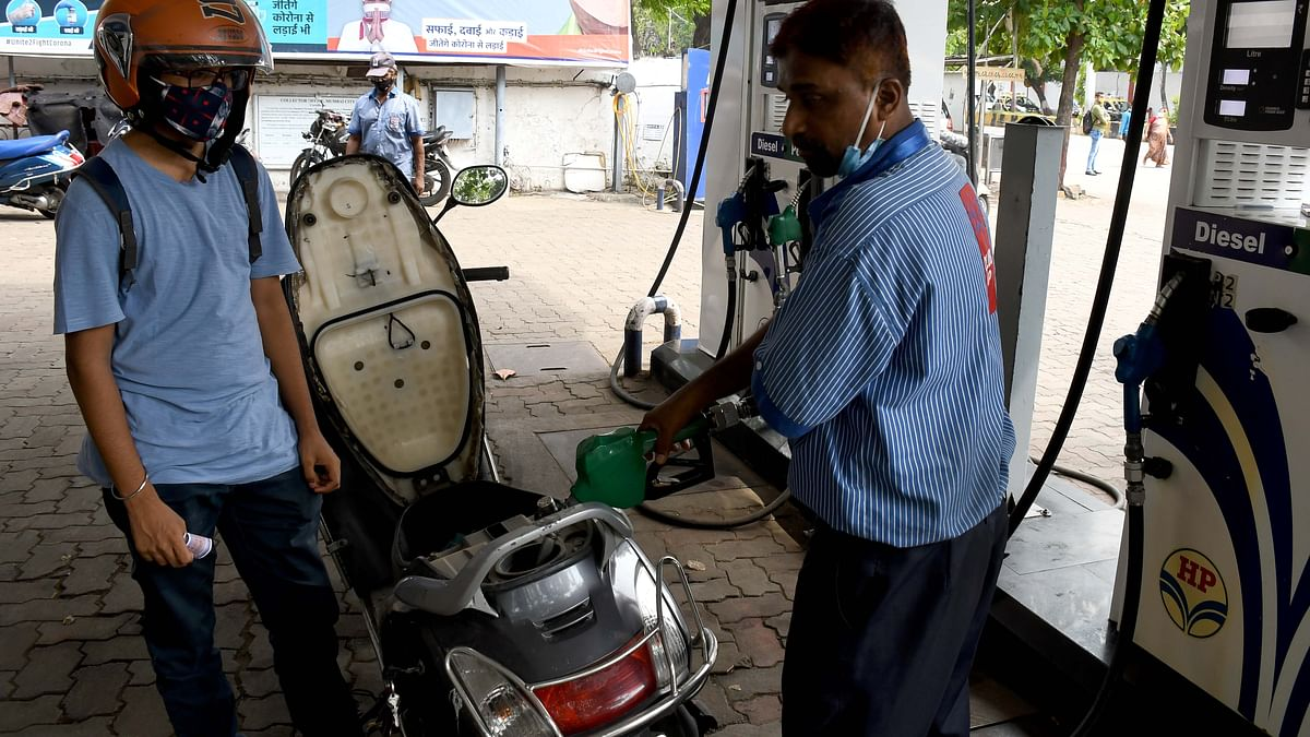 Petrol, diesel prices remain unchanged a day after reaching new highs