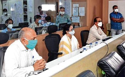 Yaas ravages West Bengal, Odisha