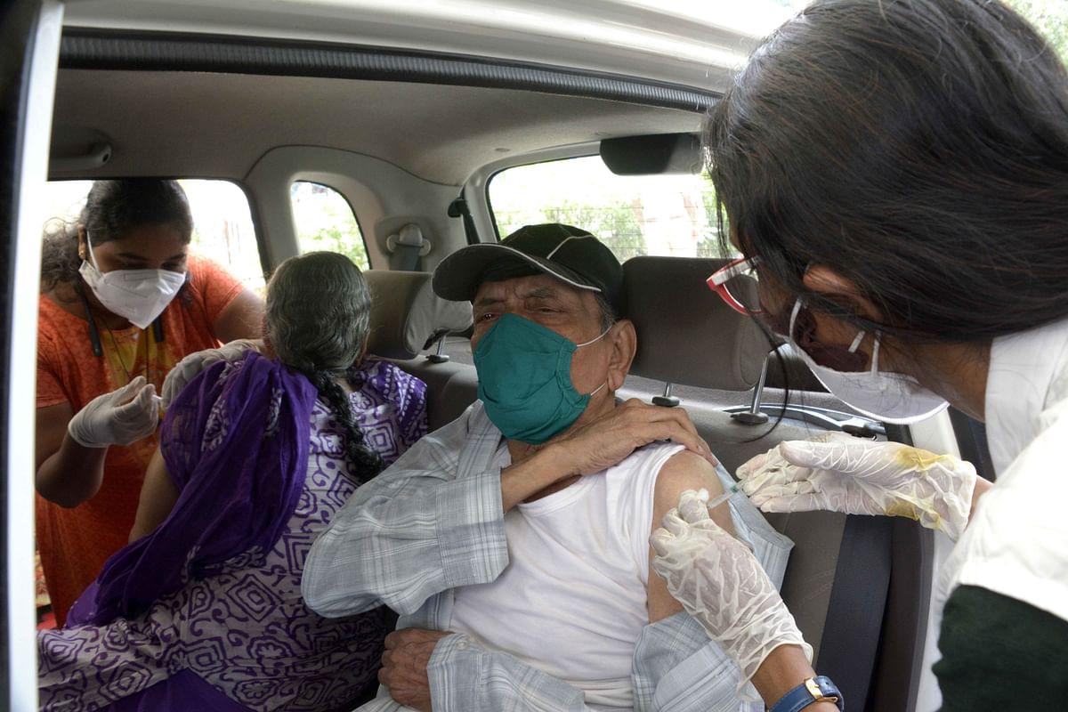 Mumbai: Drive-in vaccination centre for senior citizens opens in Kandivali