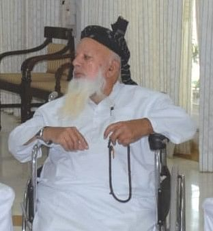 Bhopal: Prominent Muslim cleric Mufti Abdul Razzaq passes away in Bhopal, heavy police force deployed in old city to enforce Covid Protocol