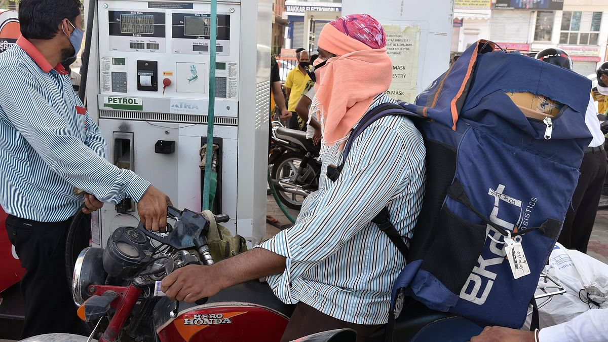 Petrol, diesel prices remain unchanged a day after reaching new highs: Check fuel prices in Mumbai, Delhi, Kolkata and Chennai