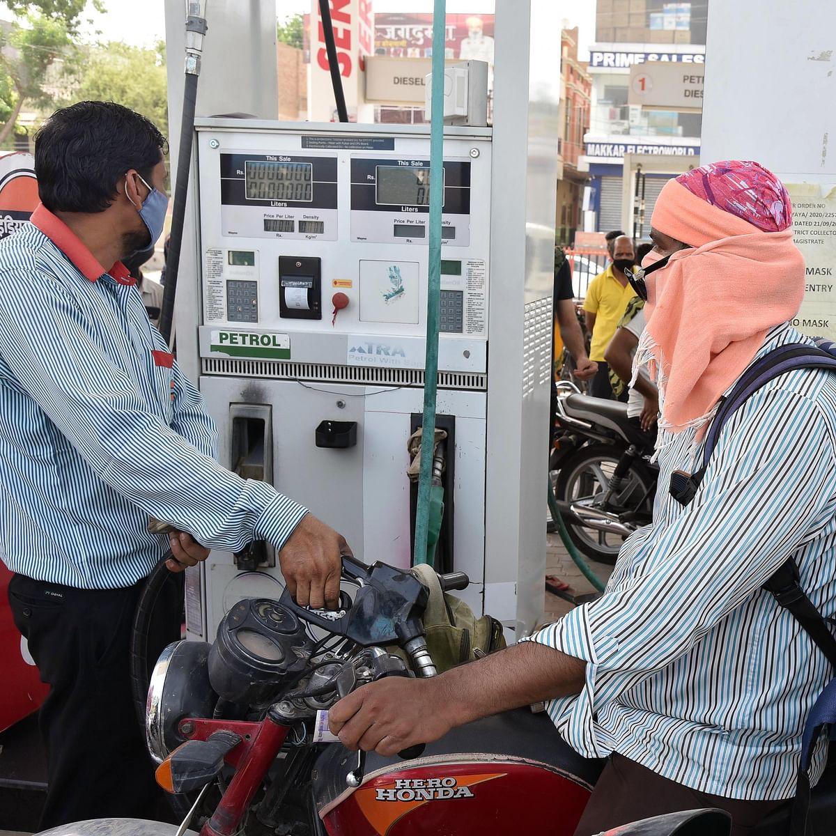Petrol, diesel prices remain unchanged: Check fuel prices in Mumbai, Delhi, Kolkata and Chennai
