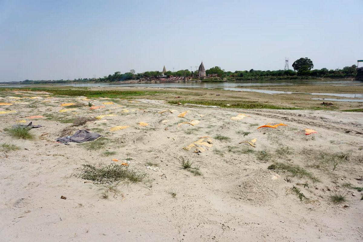 Horrifying! Over 2,000 bodies found within 1,140 kms on banks of River Ganga in Uttar Pradesh
