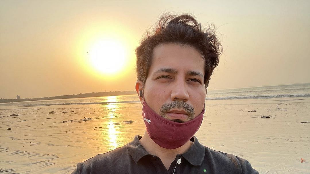 'Citizens don't pay you salaries to misbehave with us': Sumeet Vyas pens an open letter after viral Chhattisgarh video