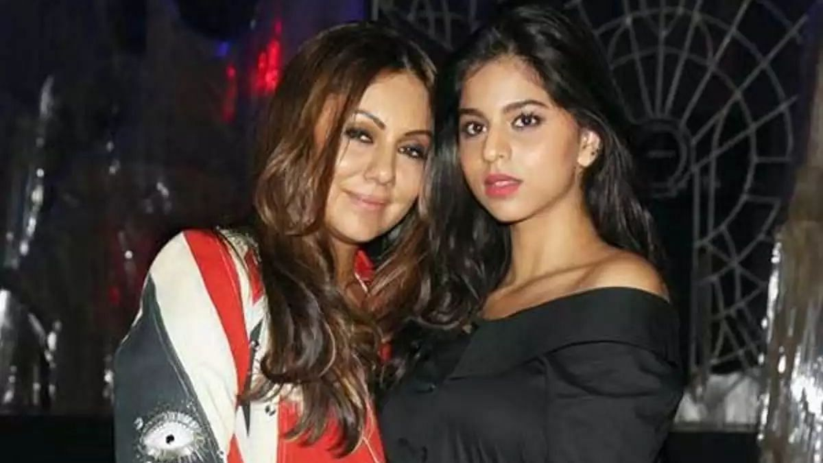 Gauri Khan shares stunning picture of Suhana Khan on her 21st birthday; see the star kid's reaction