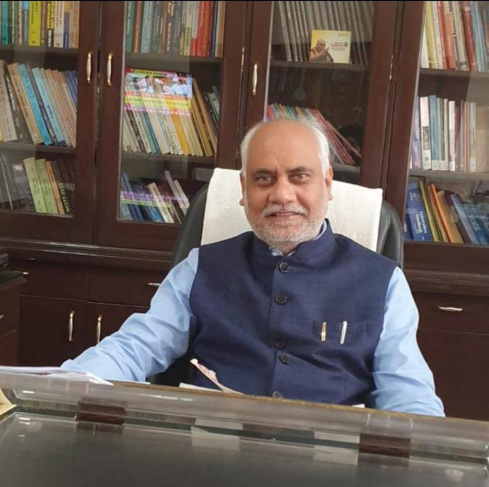 Dr Sunil Kumar