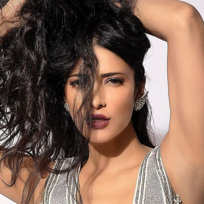'My windows may fly off': Shruti Haasan shares her scary experience of Cyclone Tauktae