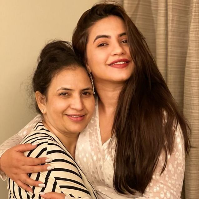 Mother's Day 2021: From Meera Deosthale to Pritam Singh...celebs reveals life lessons they have learnt from their moms