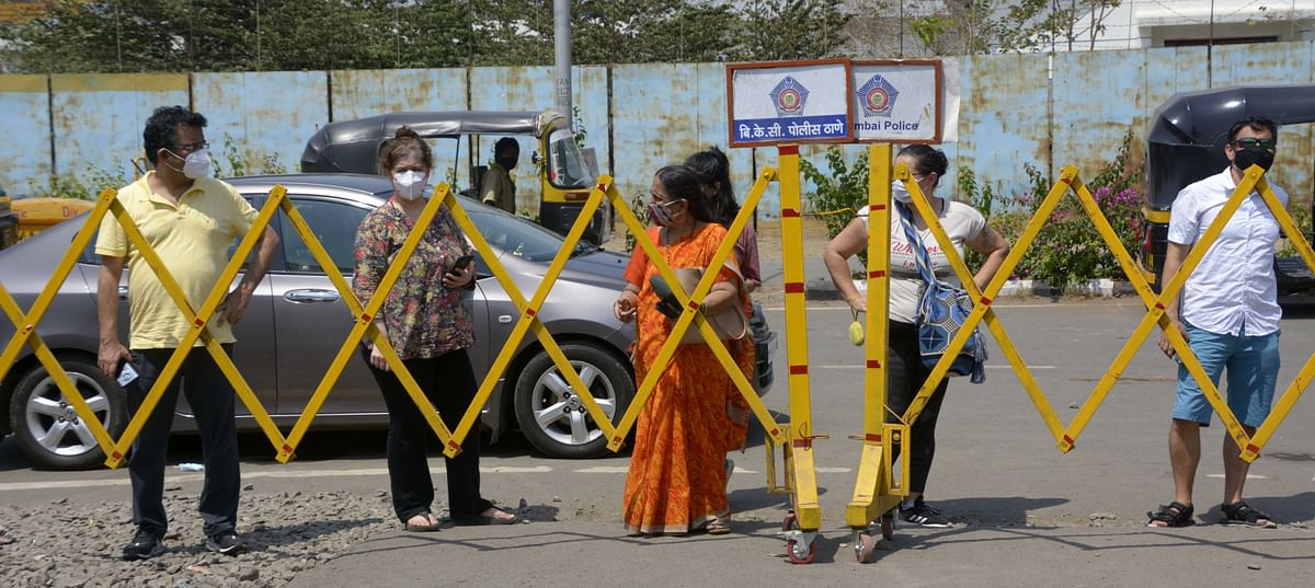 Mumbai: Experts warn of third COVID-19 wave sweeping over those below 30 years