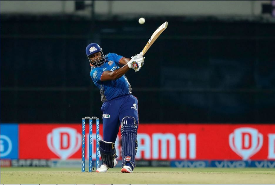 Magnificent Pollard anchors Mumbai Indians to four-wicket win over table-toppers Chennai Super Kings