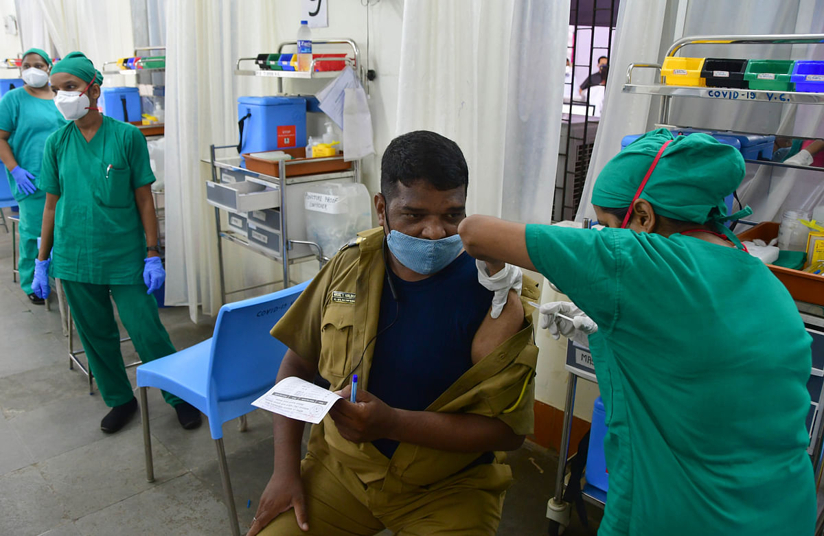 Mumbai: Over 30,000 vaccinated for COVID-19 in city on Tuesday