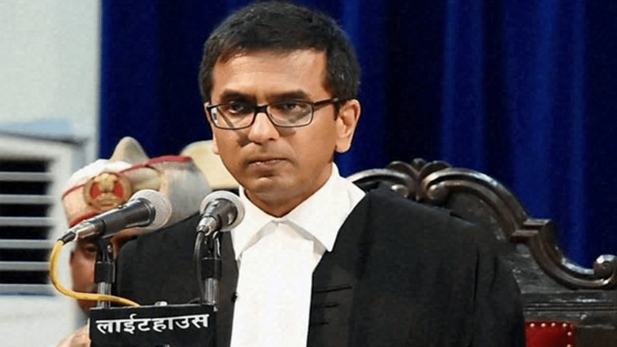 Justice Chandrachud favours media's reportage of oral hearings in Court; Twitterati are impressed