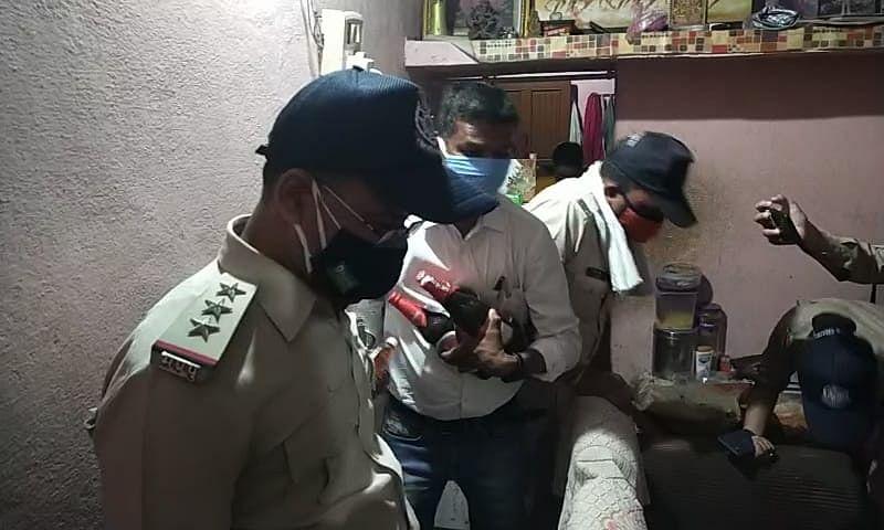 Madhya Pradesh: Couple booked for selling liquor during lockdown in Barwani