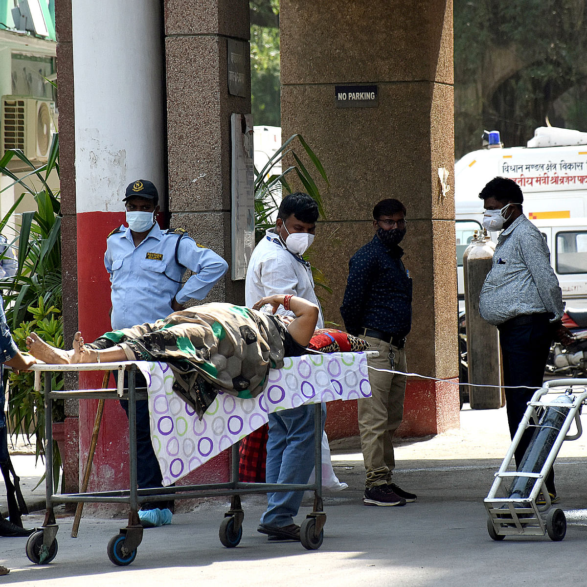 Death of COVID-19 patients for non-supply of oxygen criminal act, not less than genocide: Allahabad HC