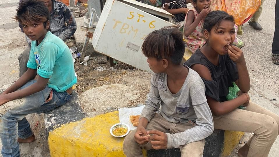 Local unit of Bajrang Dal will provide 2 meals a day to over 700 beggars and their kin in Ujjain on Wednesday. District convener Ankit Chaubey said that during the second wave of Covid-19 the religious places are shut so the beggars are not able to source food  FP PHOTO