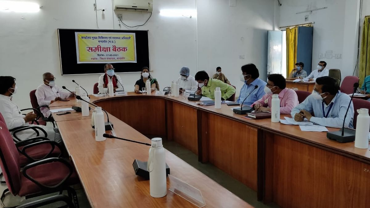 Madhya Pradesh: Social organisations in Mandsaur starts Covid Isolation Ward, serve food to crematorium staff
