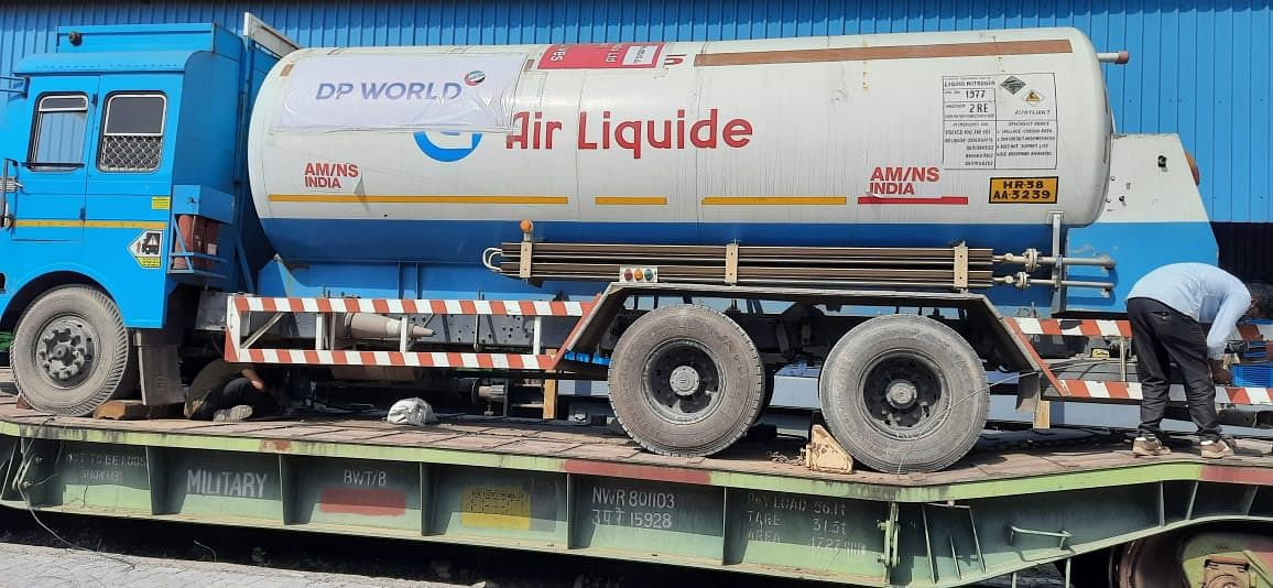 Western Railway carries record 468 tonnes of LMO in a single day