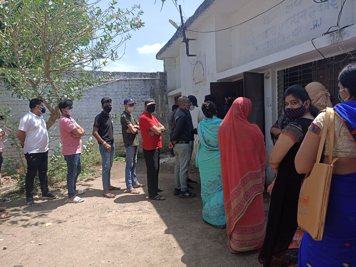 Out of 10 days, vaccination was done for only 6 days in Sardarpur