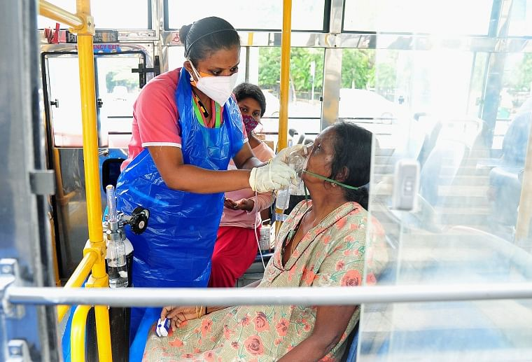 COVID-19: Karnataka overtakes Maharashtra in active caseload tally; 5,92,202 positive patients in state