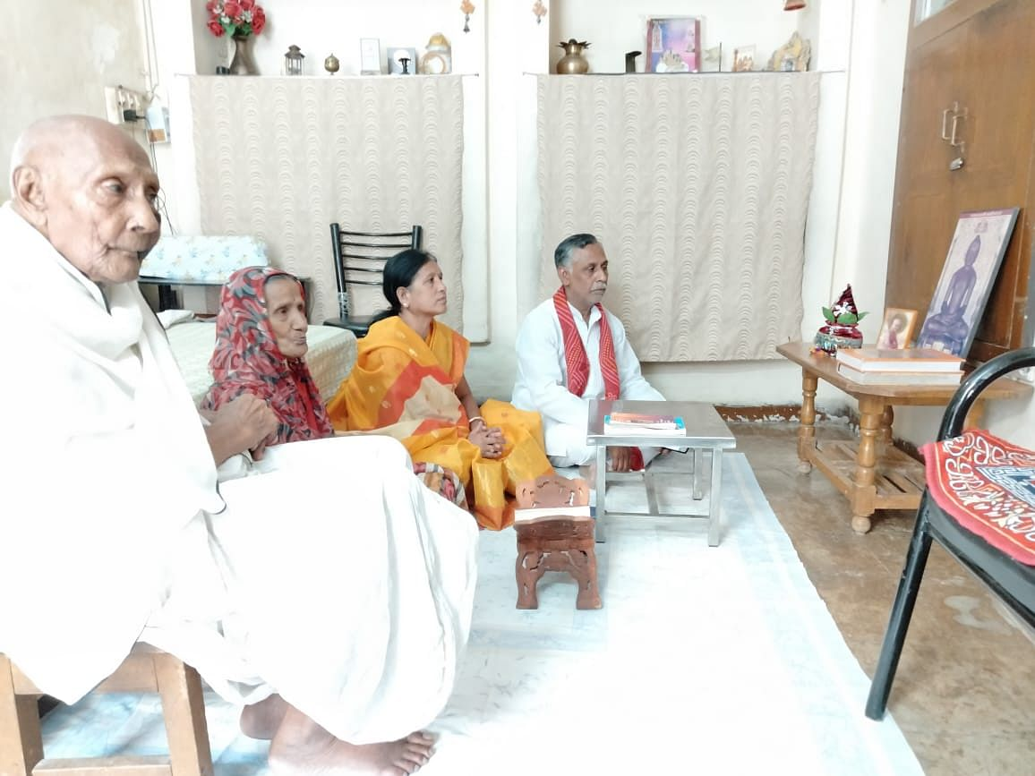 Indore: Jain community holds prayer sessions to deal with corona pandemic