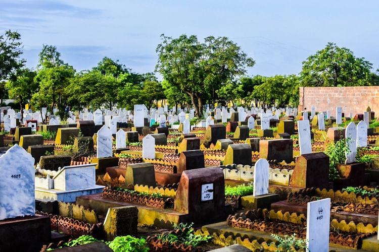 Mumbai: Muslim cemeteries face space shortage, pressure mounts on Bada Qabrastan