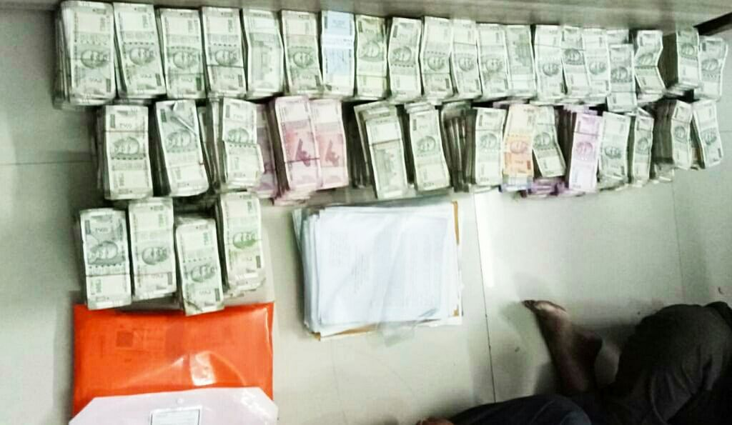 Mumbai: Day after arrest, ACB seizes Rs 3.46 cr from Aarey Dairy CEO Nathu Rathod's house