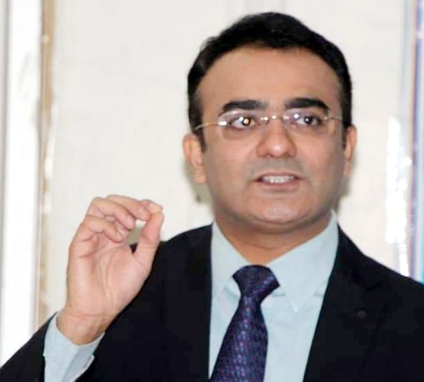 Indore: Don't panic, deal with black fungus rightly, says ophthalmologist while addressing gathering on social media