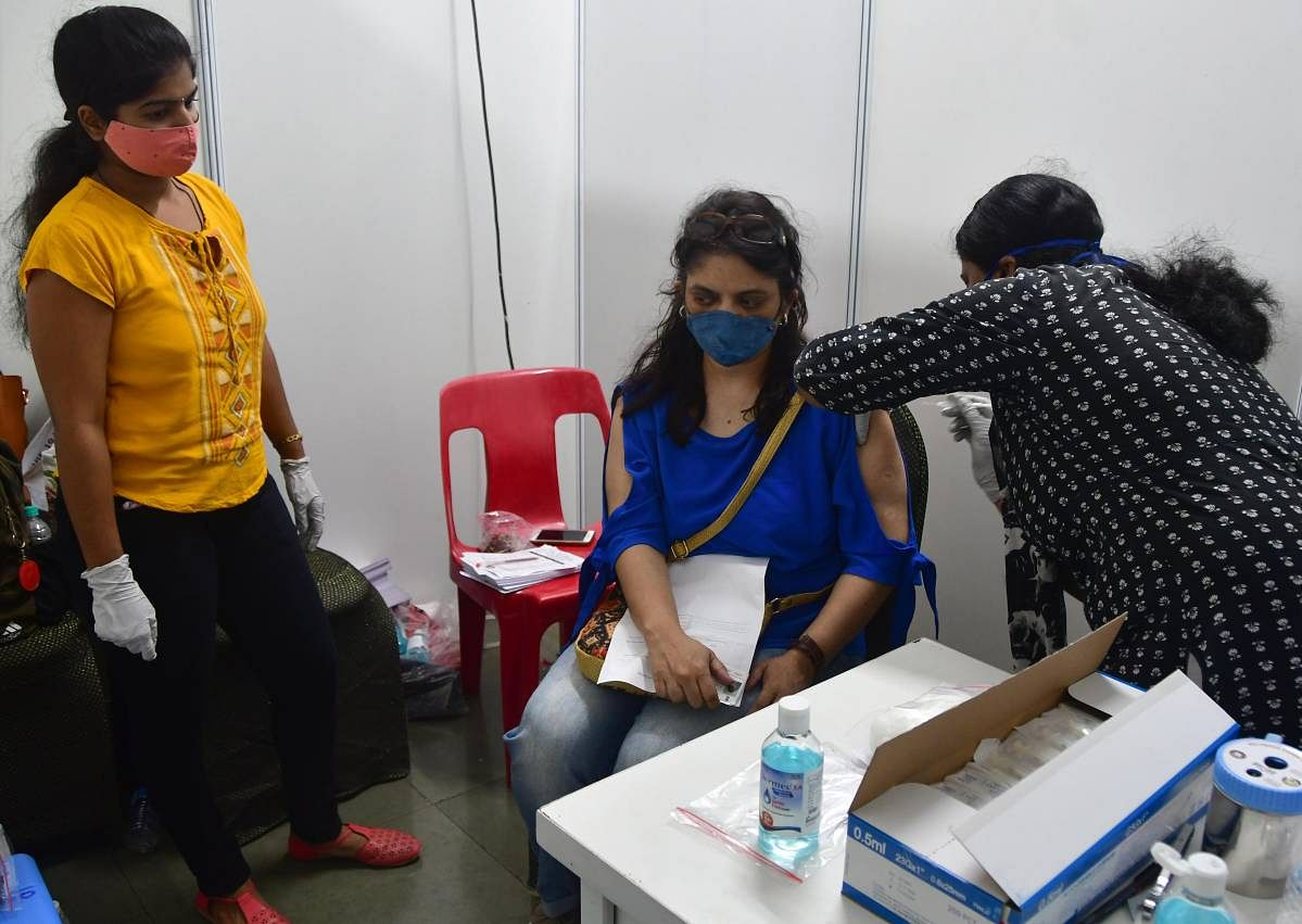 Mumbai: 292 students take first shot of vax at private camp day after BMC announces free jab
