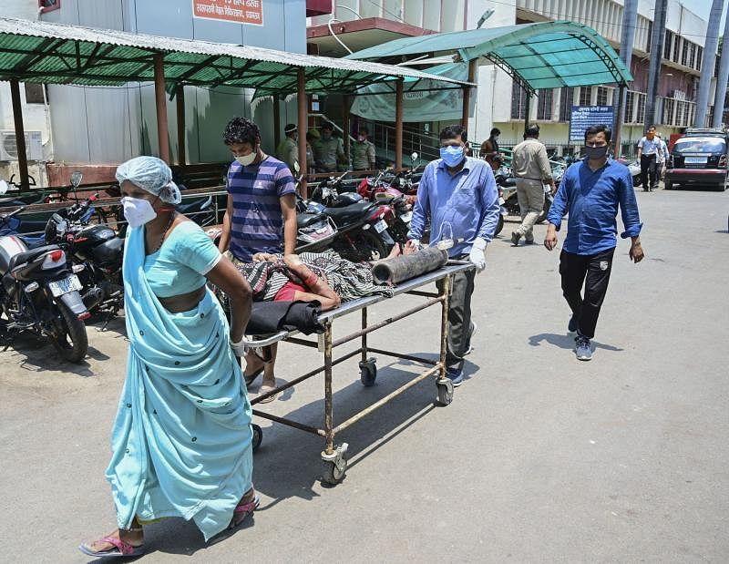 Mumbai: Maha govt places order of 1 lakh Amphotericin vials to treat Black fungus patients