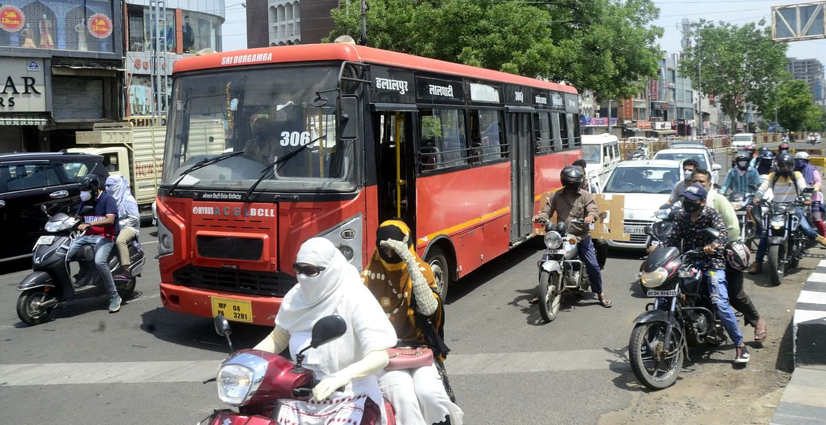 Bhopal: Public buses back on roads almost after two months; 13 buses carrying 2,100 passengers on three routes