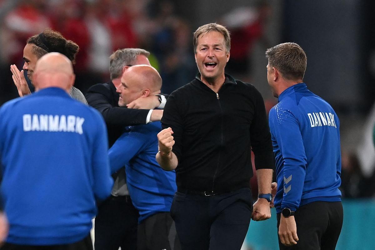 Coach Kasper Schmeichel