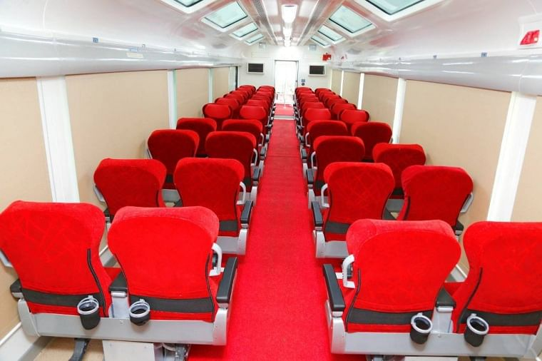 Now enjoy mesmerizing view of nature from 'Vistadome coach' of Mumbai-Pune Deccan Express from June 26