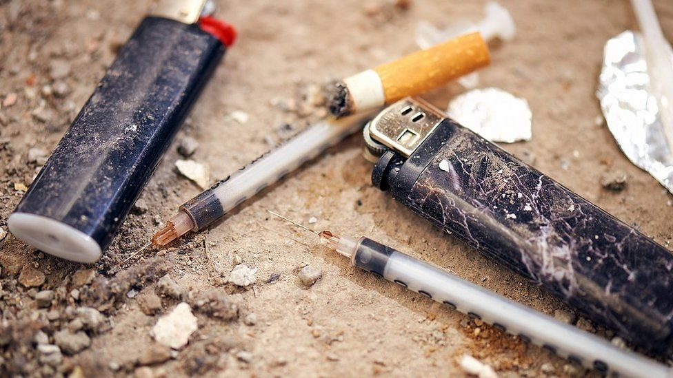 Heroin worth Rs 126 cr seized at Delhi airport