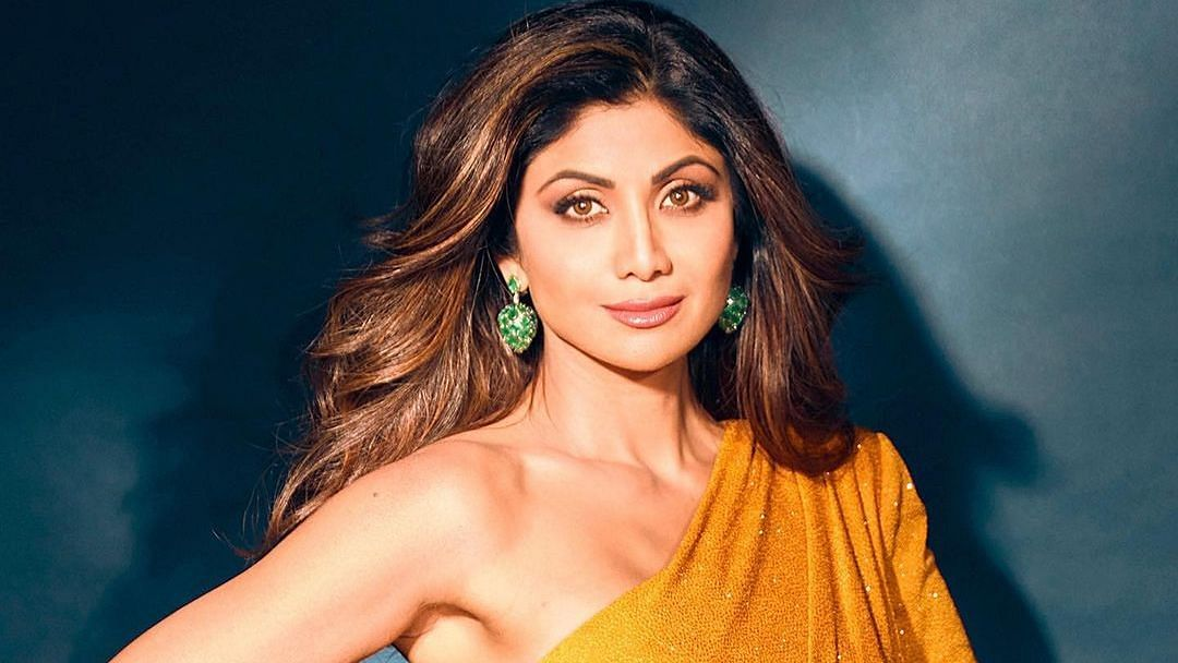 Amid Raj Kundra's explosive statements on ex-wife Kavita, Shilpa Shetty does yoga to help with stress and anxiety