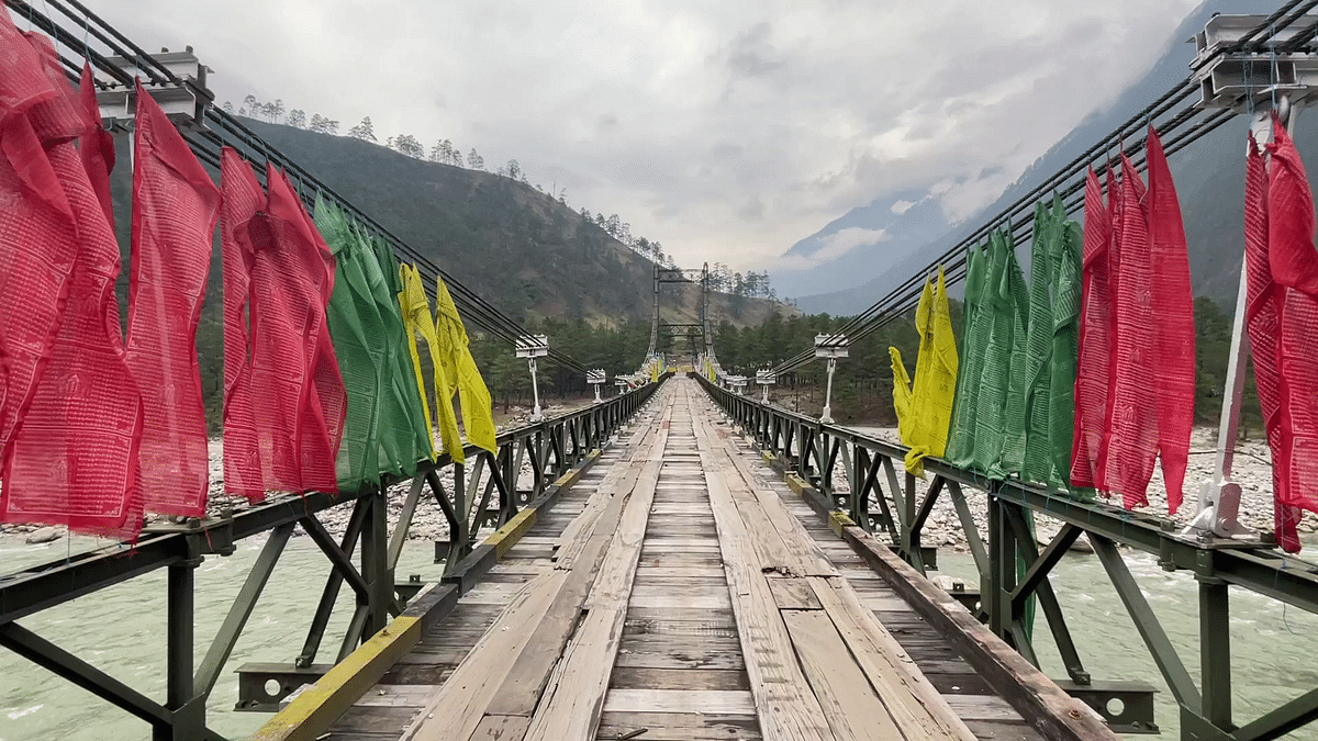 Kaho: This small village in Arunachal Pradesh is a home to snow-capped mountains and sparkling river