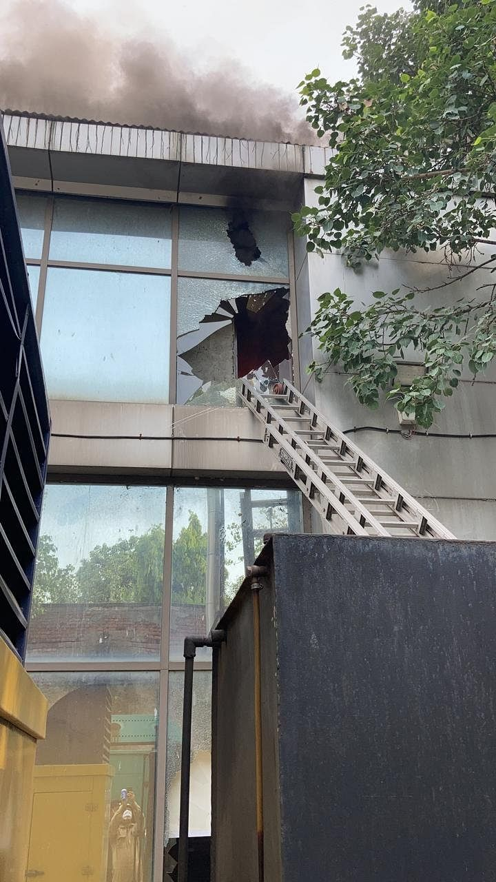 Fire breaks out at Safdarjung Airport's IT building in Delhi