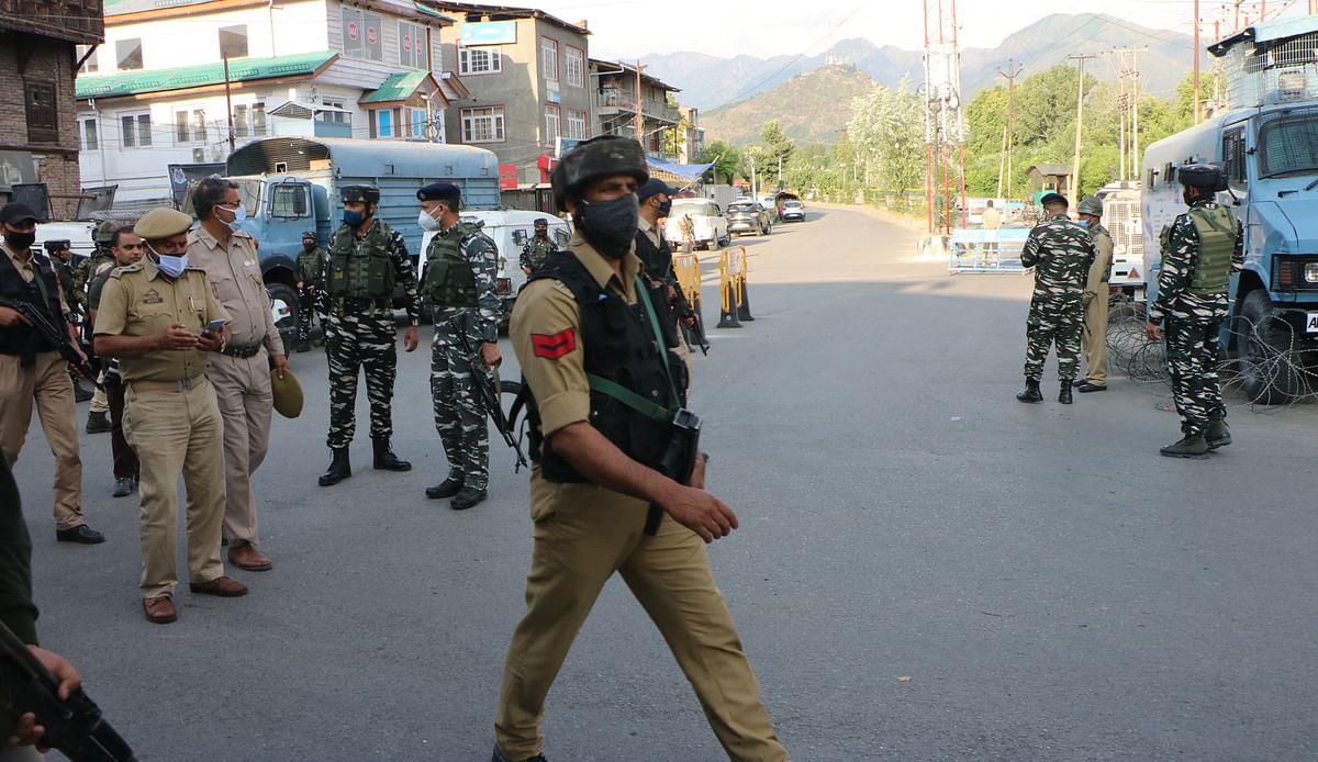 Jammu & Kashmir: Three civilians injured in grenade blast in Srinagar; see pics