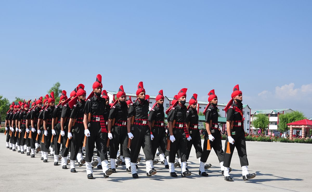 624 young men from Jammu and Kashmir were formally inducted into the Jammu Kashmir Light Infantry Regiment  (JKLIR) on Friday, June 25, after eleven months of training.