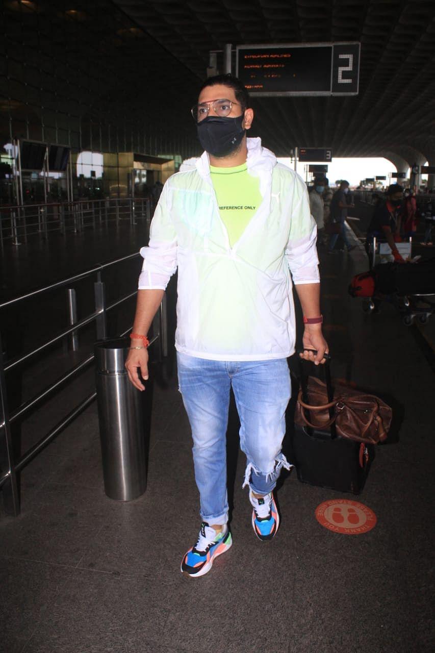 Yuvraj Singh at Mumbai airport