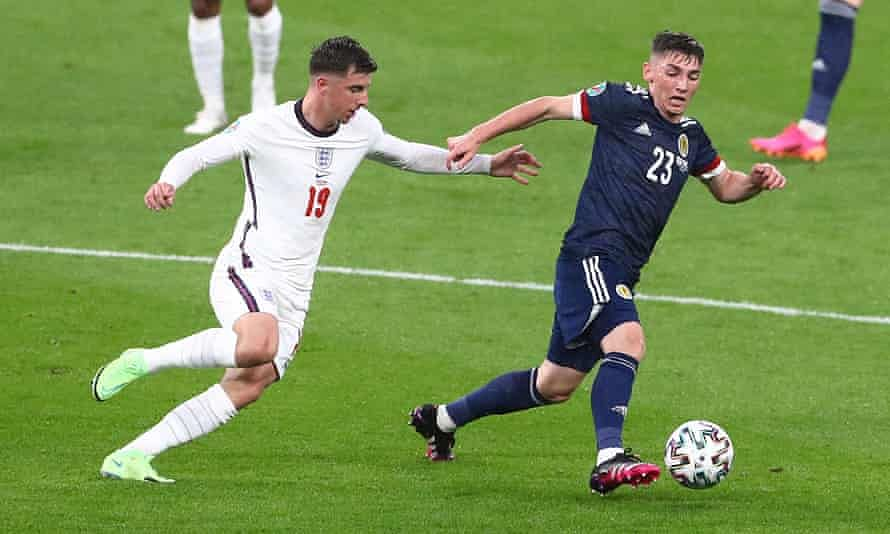 Euro 2020: England's Ben Chilwell and Mason Mount isolating after contact with Scotland's Covid +ve Billy Gilmour