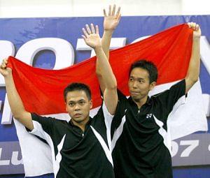 Markis Kido (Left) with his national partner Hendra Setiawan