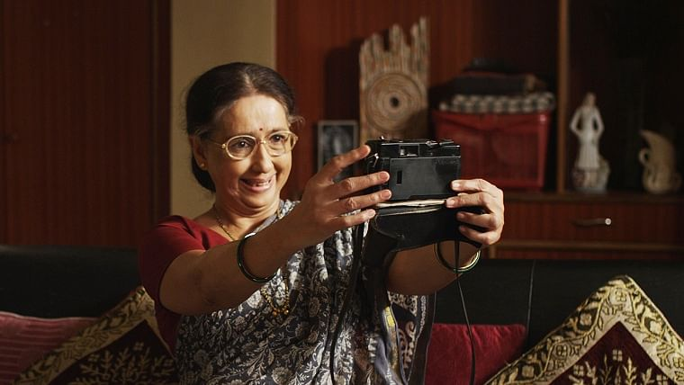 Photo Prem review: Neena Kulkarni steals the show in this beautiful, light-hearted Marathi film