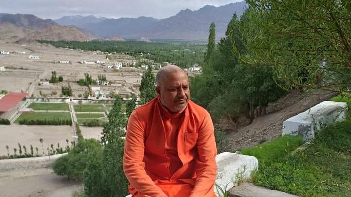 Hindu religious leader Yatindra Nath Giri's remark on Constitution draws ire, #ArrestYatindraNathGiri trends on Twitter