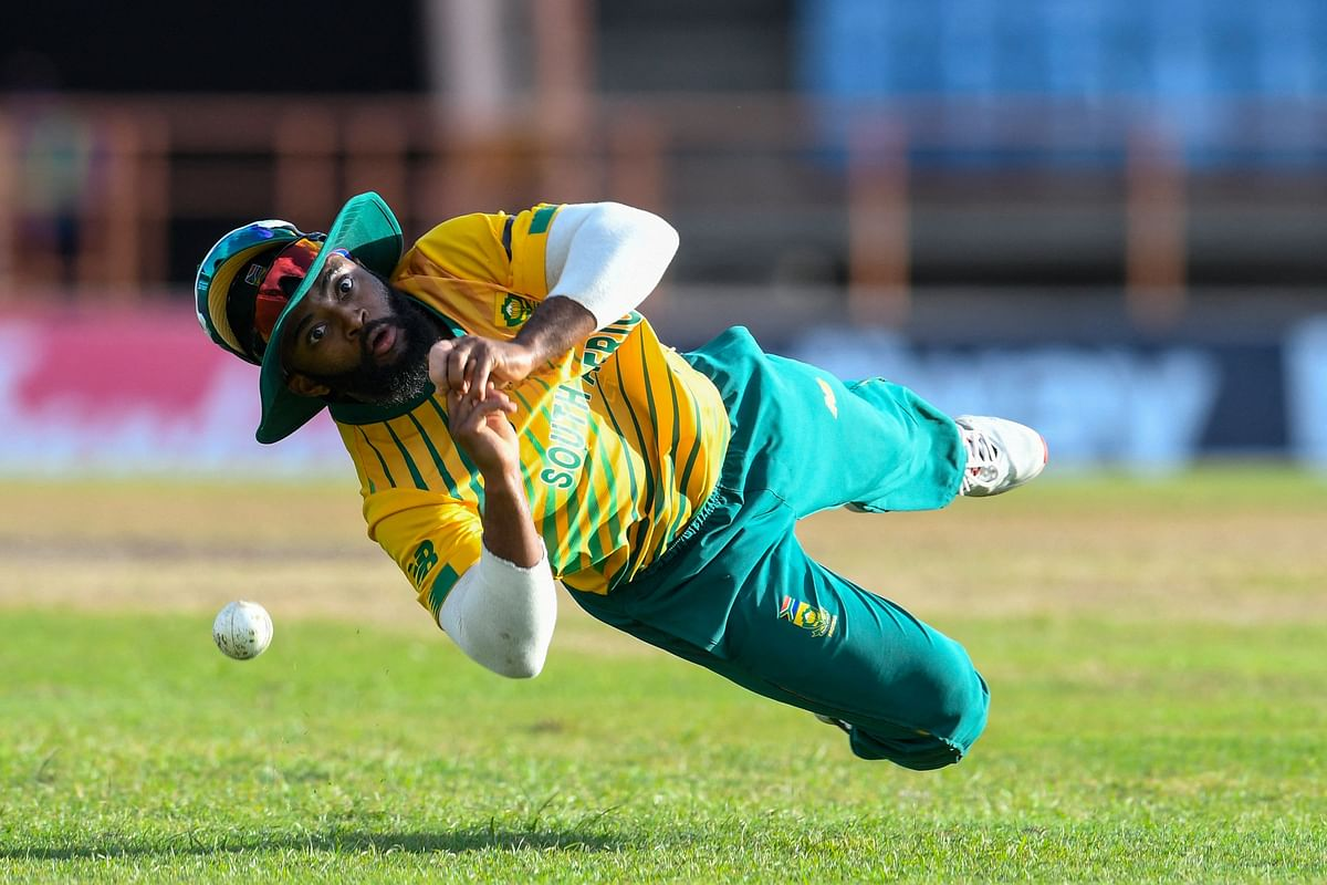 Temba Bavuma of South Africa drops Andre Russell of West Indies