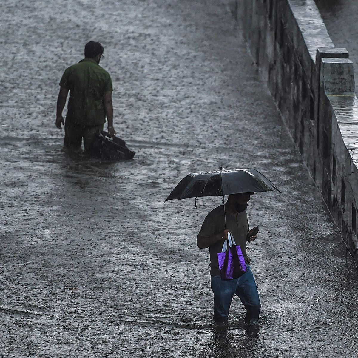 Mumbai weather update: IMD predicts moderate to heavy rainfall today; city agencies on high alert