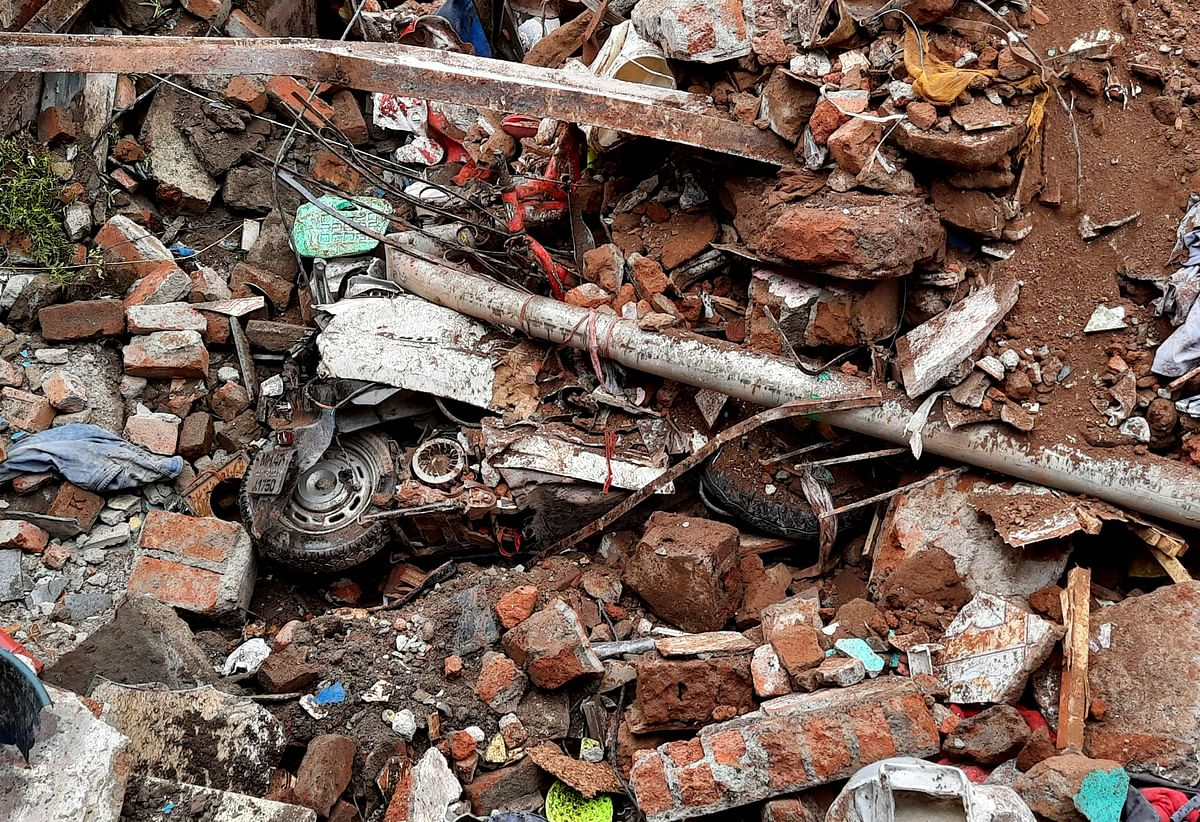 Illegal structures in Malad's Malvani area: Bombay High Court orders probe