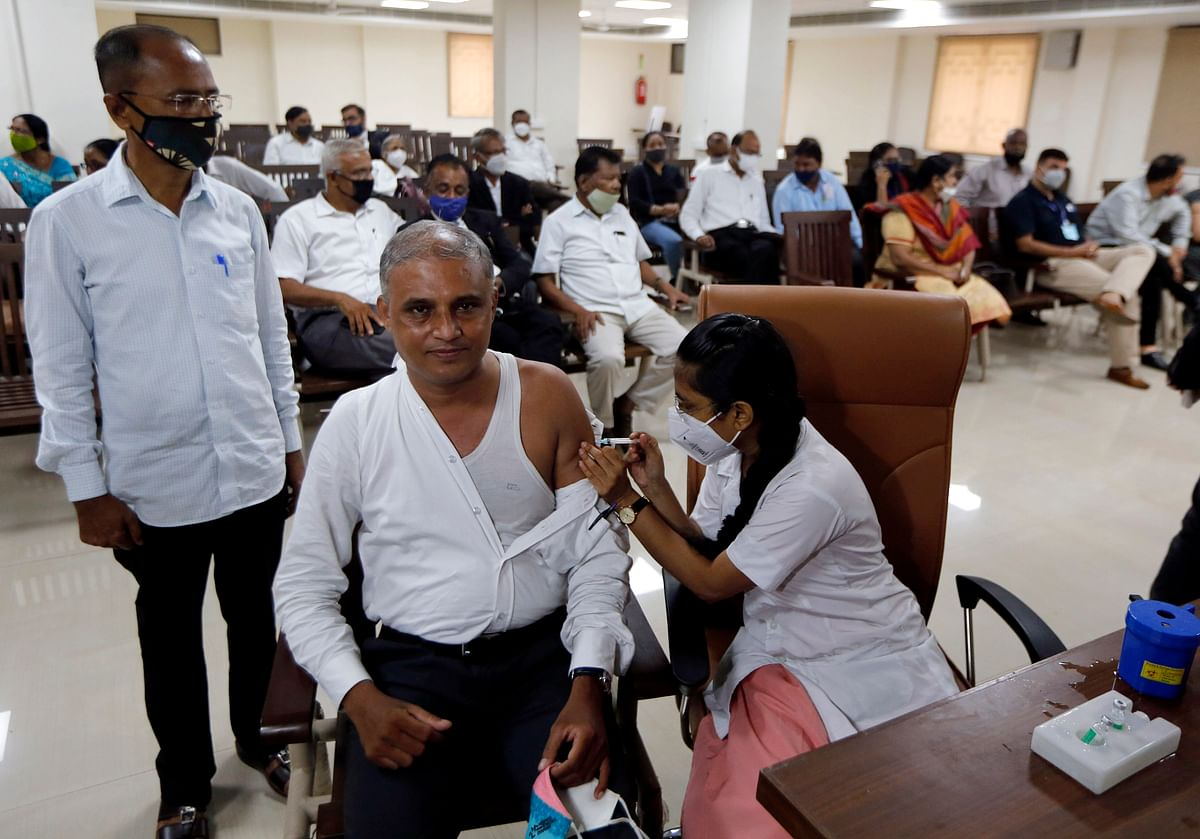 India overtakes US in total number of COVID-19 vaccine jabs given