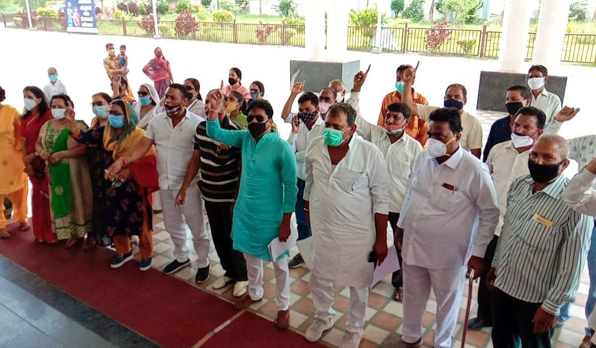 Madhya Pradesh: Jab job in Ratlam was a one-day affair, say district Congress