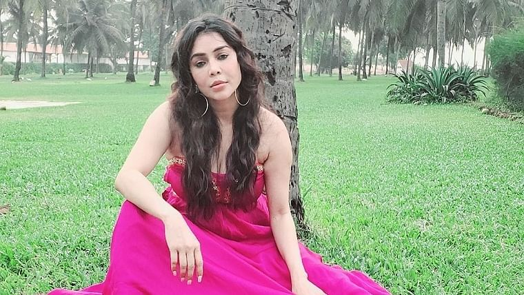 'Garam Masala' actress Nikita Rawal files FIR against stalker